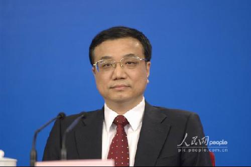 温家宝总理会见中外记者 李克强