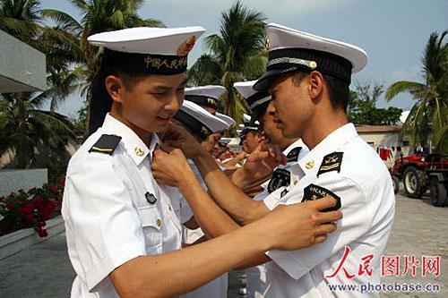 07式新军服正陆续发放 战士们称赞 漂亮图片