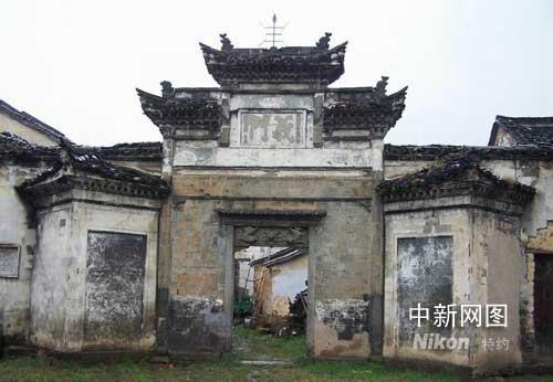 ...龙门古镇景区内涵,日前,杭州龙门古镇重建