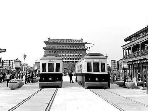 记者近日同有关专家走进修缮一新的前门大街,探寻北京的古风新韵和