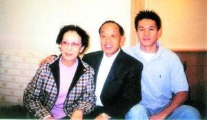 受父母影响 李肇星儿子大三才谈恋爱 - longbishan1 - 龙碧山