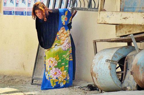 15岁内衣少女中捆绑警方被伊拉克炸弹逮捕[组白丝大美女图片胸图片
