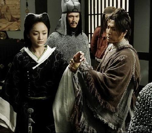 陈坤版画皮b_《画皮》激情戏剧照曝光 赵薇腼腆陈坤老练(组图)
