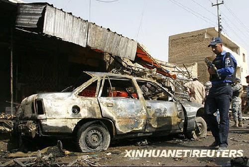 巴格达市场发生汽车炸弹爆炸9人死亡[组图]