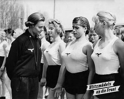 纳粹女兵的生活照[组图]