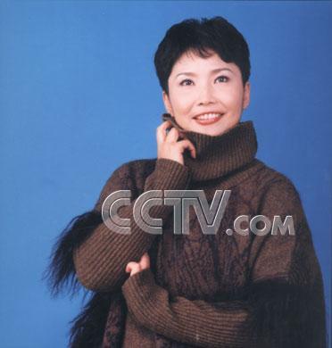 近日有網友稱,在12月12日收看cctv-5《體育新聞》時,看到女主播寧辛圖片