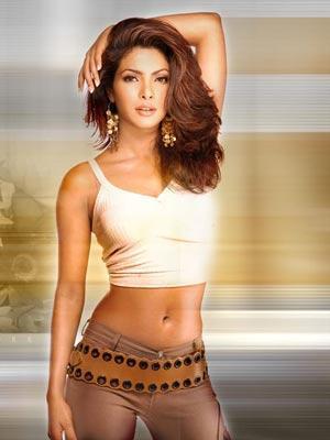 印度第一美女:艾西瓦娅图片来源:太平洋女性网