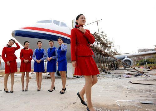 福建一学校购买波音737飞机训练