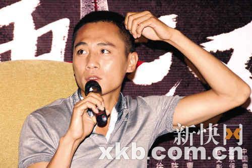 刘烨谈 蓝宇 拍摄趣事 称与父母看戏很尴尬