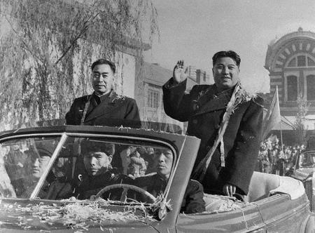 朝鲜与韩国的关系_邓小平警告金日成:你敢与台湾建交中朝就断交_资讯_凤凰网