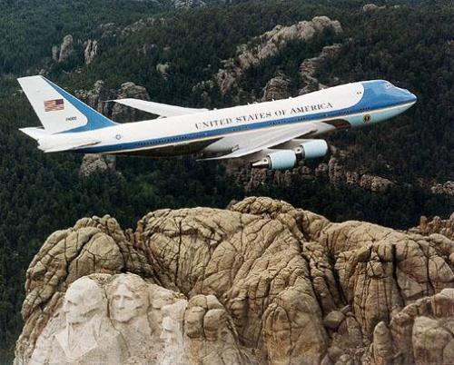 """美国总统专机""""空军一号"""""""
