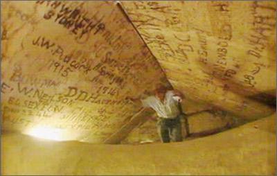 图解埃及胡夫金字塔10个惊人之谜
