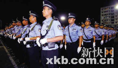 广州政法委书记:打击黑恶势力枪不够就用炮