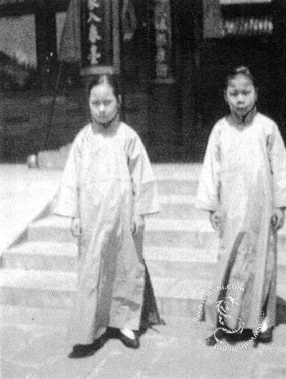 和讯博客不同等级的人配给宫女的数目也不同,在清朝的典制书里,康熙朝图片