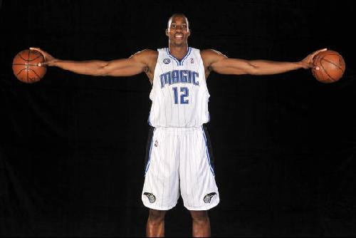 德怀特·霍华德-盘点09赛季NBA之二 少壮派当家 詹姆斯难加冕