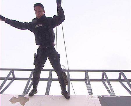 中国武警特警学员代表队不负众