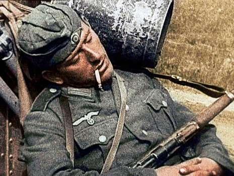 法国公布未面世的罕见二战彩照(组图)