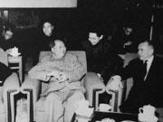 苏联元帅对贺龙说:你们把毛泽东搞掉了我们才能有友谊