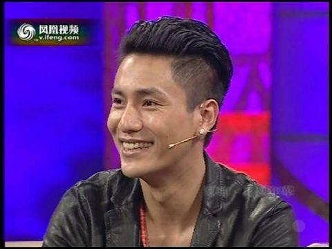 陈坤上大学时染黄头发图片