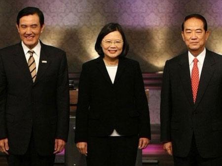 """2012-01-13 时事辩论会- 2012台湾""""总统""""大选谁会赢? - 凤凰宽频- 凤凰 ..."""