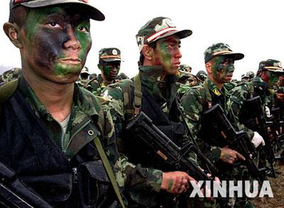 中国反恐特警部队实行 魔鬼训练周图片