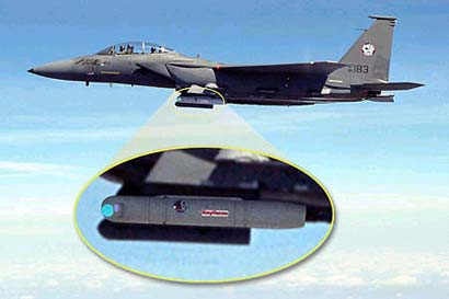 美海军一架飞机在飞行表演时坠毁 致一人死亡