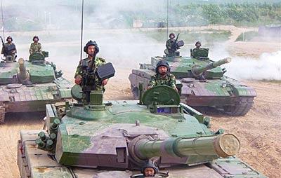 资料图:解放军99式新型主战坦克已经形成战斗力-解放军坦克实弹打