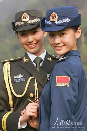 新式军装折射解放军人性化理念