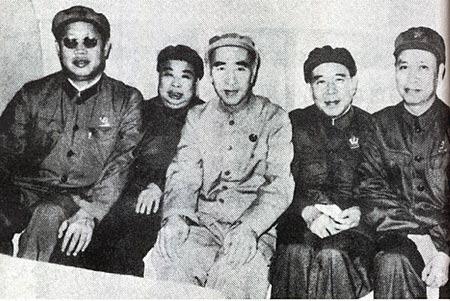 陈毅、叶剑英谈林彪结局:林彪自我爆炸最妙最