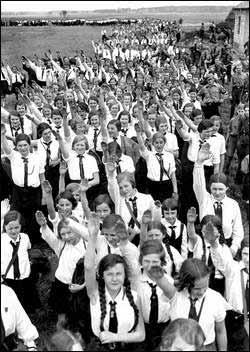 希特勒人种优化野心:生命之源计划阴影