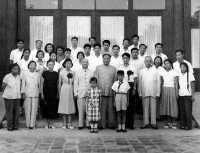 李敏深情回忆 我的父亲毛泽东与母亲贺子珍
