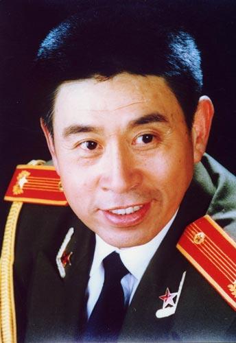 程志:总政歌舞团国家一级演员,副军级待遇-大陆军衔将星最高的明