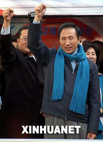 韩国会通过法案同意对总统候选人李明博展开调查
