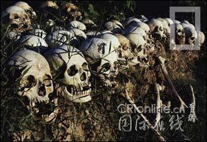 杀人场_杀人场(killing field)的高塔:头骨堆砌的内塔层层叠叠