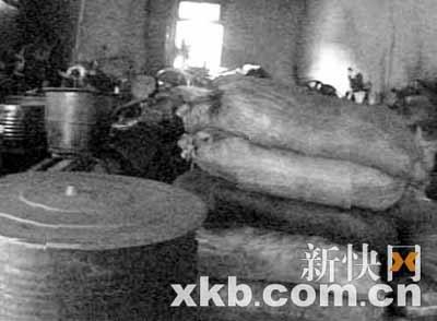 土制花生油充斥广东市场 多为黑工厂加工(图)