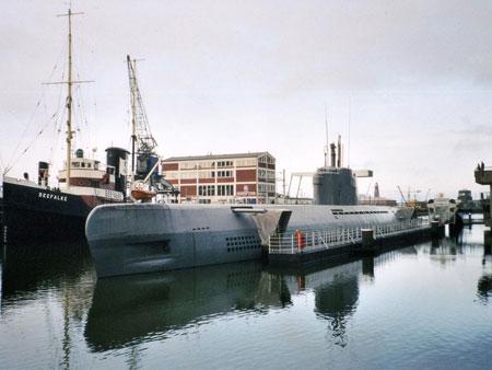 德国xxi潜艇_德国拟出售纳粹原建造XXI型潜艇的堡垒式建造厂_资讯_凤凰网