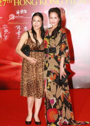 第27届香港电影金像奖红毯-名模贝安琪携母亲