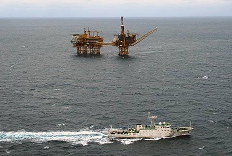 日政府:中国若单独开发东海气田就上告国际法庭
