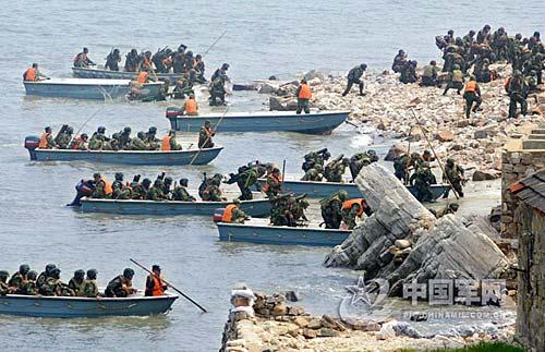 2000年陈水扁当选当天大陆大批船队包围金门离岛