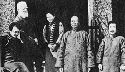 宋庆龄与鲁迅等合影照片的背后