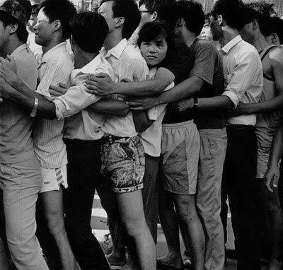 """回温历史:令人震惊的深圳""""8.10""""抢购股票事件始末"""