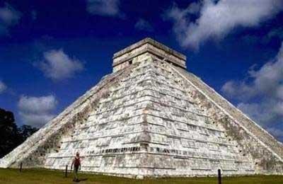 玛雅人修建的金字塔
