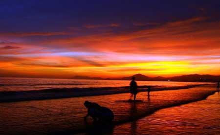 橙色高清风景图片
