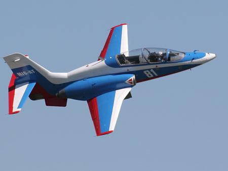 雅克-130和意大利制造的m346飞机过于昂贵,而战斗教练机,欧洲的教练机