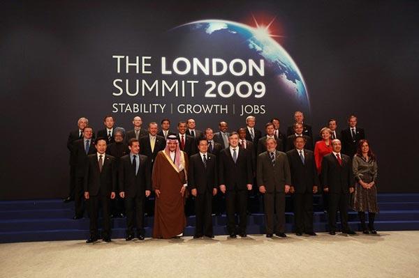 G20与会领导人集体合影