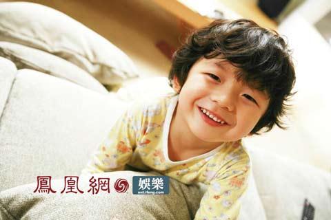像超速绯闻的电影_第12届上海电影节参赛片:《超速绯闻》简介_娱乐_凤凰网