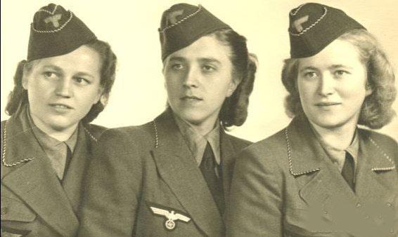 二战时纳粹女兵枪毙 女犯人图片