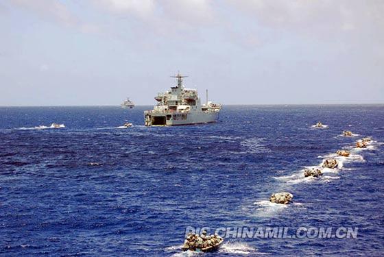 南海舰队突击敌占岛礁格外惹人注目