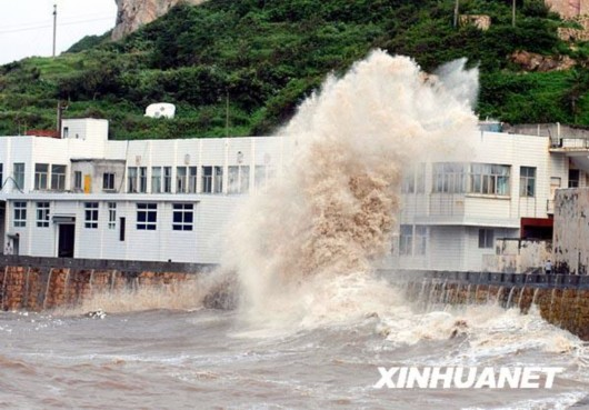 台风 莫拉克 逼近