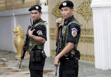 中国 缅甸/出口型97式5.56毫米突击步枪...
